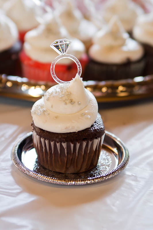 Plastic Engagement Rings For Cupcakes
